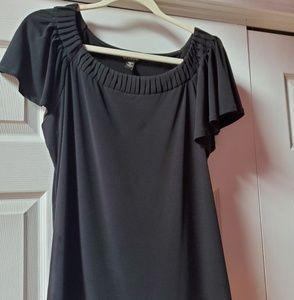 Plus sized black top